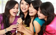 Những lợi ích tuyệt vời của hát karaoke